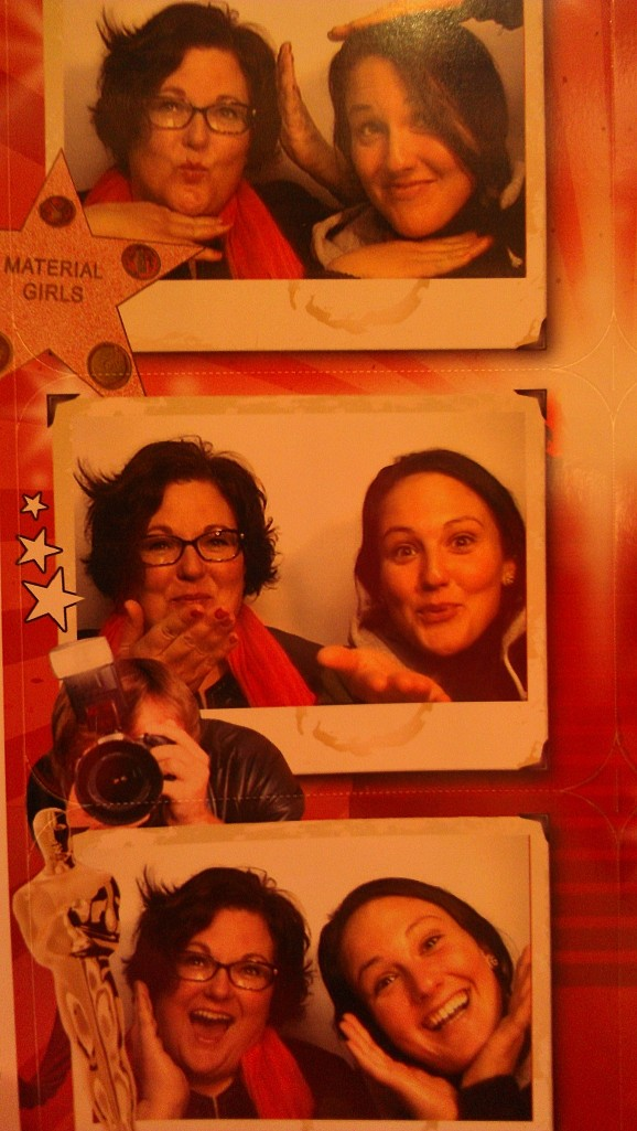 25 photo booths